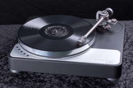 DR FEICKERT ANALOGUE